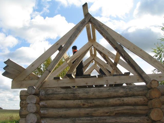 Сделать крышу деревянного дома своими руками
